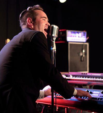 Jens Ducki Duckstein am am KORG SV-1 Live auf dem Magnifest, Braunschweig