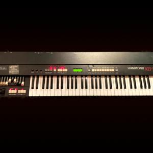 Hammond XB-1 - topview